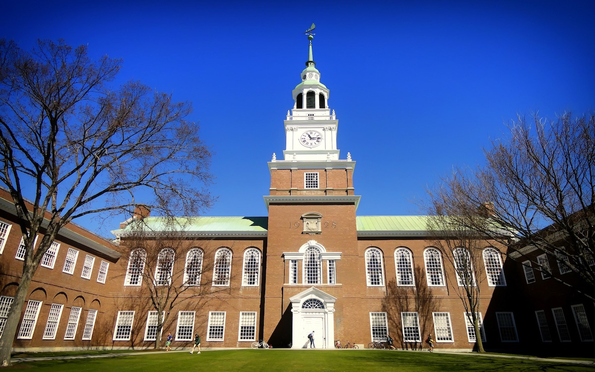 dartmouth-college-292587_1920