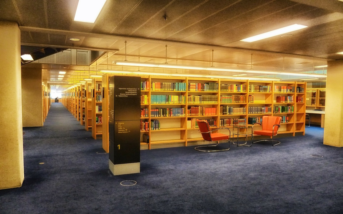 library-181092_1920-1